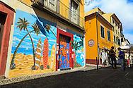 Portas da Zona Velha da cidade do Funchal, Ilha da Madeira. .Foto Gregório Cunha