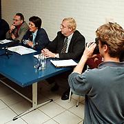 Persconferentie in het Holleblok n.a.v.ontslagen bij Lucent Huizen