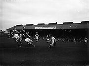 11/09/1960<br /> 09/11/1960<br /> 11 September 1960<br /> Soccer International Ireland v Iceland at Dalymount Park, Dublin. Jack Fitzgerald (second from left) beats Jonsson and Guomannsson and goalie Danielsson but the shot went wide.