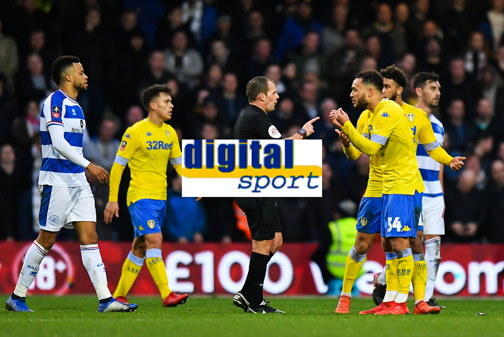 Football - 2018 / 2019 FA Cup - Third Round: Queens Park Rangers vs. Leeds United<br /> <br /> Referee Geoff Eltringham warns Leeds United's Lewis Baker, at Loftus Road.<br /> <br /> COLORSPORT/ASHLEY WESTERN