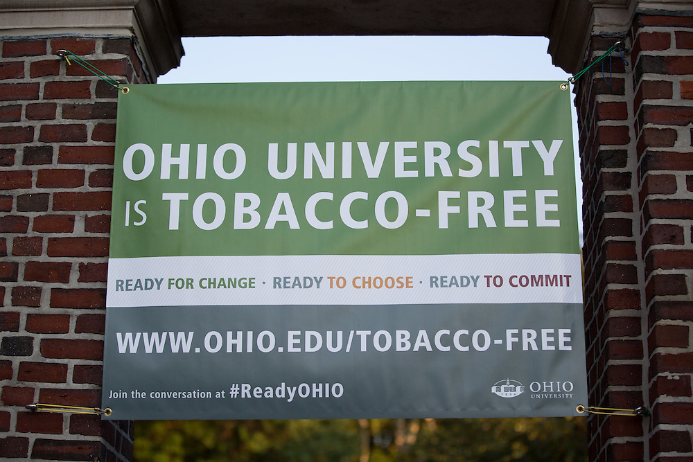 A tobacco-free banner hangs from the Alumni Gateway during the week of August 31, 2015. Photo by Emily Matthews