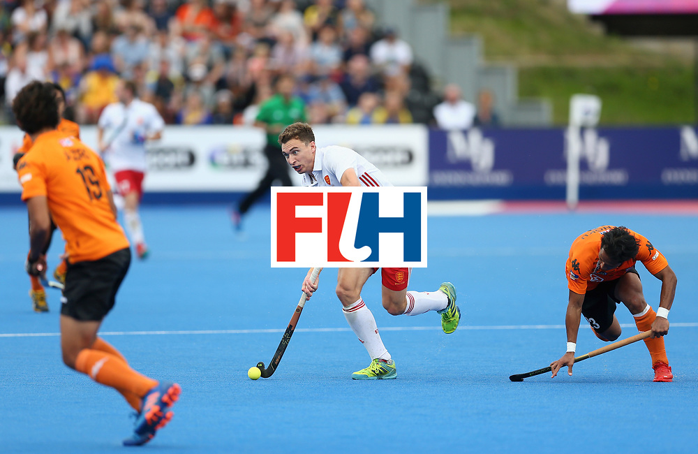 LONDON, ENGLAND - JUNE 25: Harry Martin of England attempts to break through the Malaysia defence during the 3rd/4th place match between Malaysia and England on day nine of the Hero Hockey World League Semi-Final at Lee Valley Hockey and Tennis Centre on June 25, 2017 in London, England. (Photo by Steve Bardens/Getty Images)