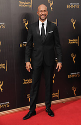 Keegan Michael Key bei der Ankunft zur Verleihung der Creative Arts Emmy Awards in Los Angeles / 110916 <br /> <br /> *** Arrivals at the Creative Arts Emmy Awards in Los Angeles, September 11, 2016 ***