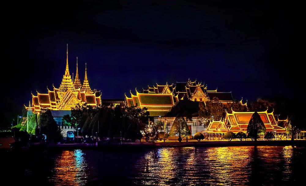 Bangkok's Grand Palace, Phra Borom Maha Ratcha Wang, as seen from the Chao Phraya River PHOTO BY LEE CRAKER