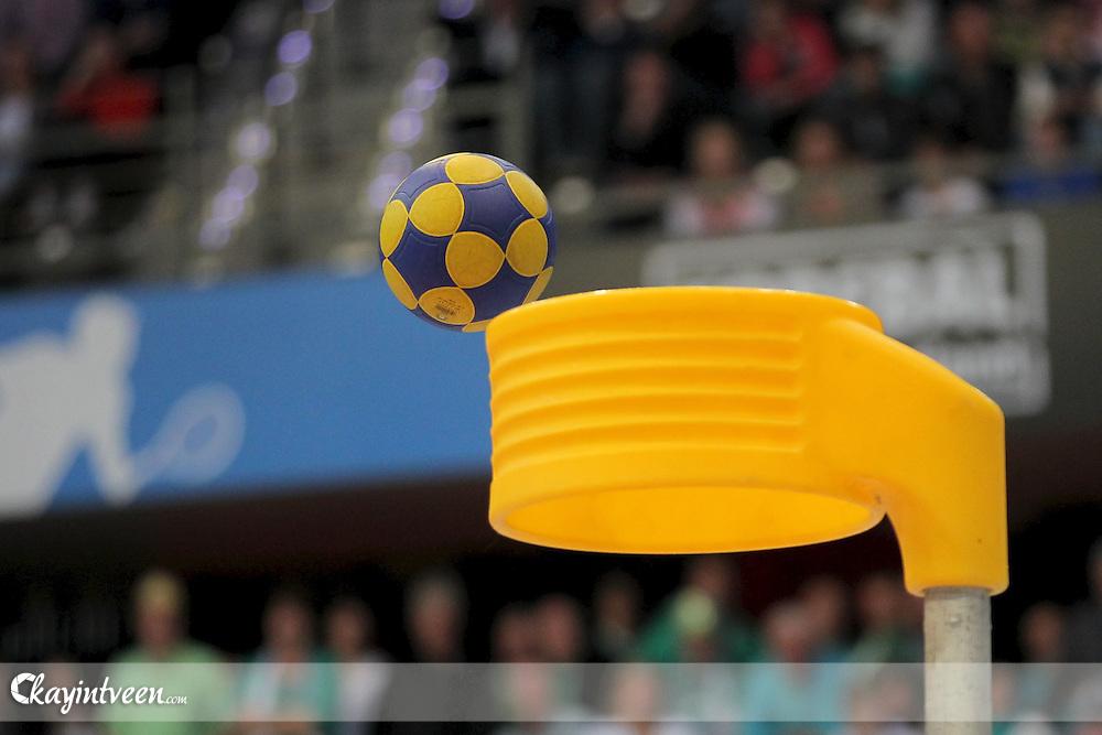 ROTTERDAM - KZ / Hiltex - PKC / Hagero , Korfbal  , seizoen 2011-2012 , Korfbal League , 22-04-2012 , Ahoy Sportpaleis , korfbal korf stock beeld