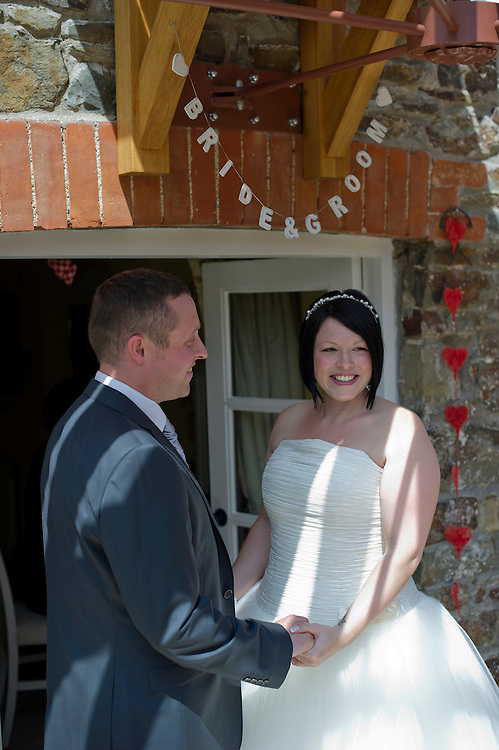 wedding, photographer, photography, devon westcountry, west, country, north, informal, relaxed, contemporary, modern, beautiful, price, cornwall,
