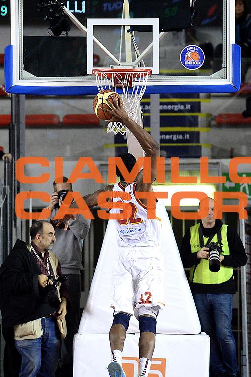 DESCRIZIONE : Roma Lega serie A 2013/14 Acea Virtus Roma Sutor Montegranaro<br /> GIOCATORE : Trevor Mbakwe<br /> CATEGORIA : controcampo schiacciata<br /> SQUADRA : Acea Virtus Roma<br /> EVENTO : Campionato Lega Serie A 2013-2014<br /> GARA : Acea Virtus Roma Sutor Montegranaro<br /> DATA : 18/01/2014<br /> SPORT : Pallacanestro<br /> AUTORE : Agenzia Ciamillo-Castoria/M.Greco<br /> Fotonotizia : Roma Lega serie A 2013/14 Acea Virtus Roma Sutor Montegranaro<br /> Predefinita :