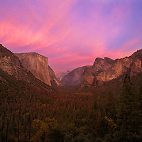 Tunnel View for sunset was the places to be last Sunday! 😁 You have no idea how long I've wanted this shot of Tunnel View in Yosemite with a sky like this. I've always enjoyed seeing other photos from here with an incredible sky but every time I'm attempted to shoot here the sunset would never materialize. This time the odds were different as I was watching the clouds all day. I drove up to Tunnel View and waiting for sunset. Sure enough the sky exploded in color lighting up the infamous Yosemite Valley. No wonder Tunnel View is such a popular spot.