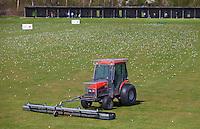 VELSEN - Driving Range, oefenen op  Golfbaan Spaarnwoude. FOTO KOEN SUYK