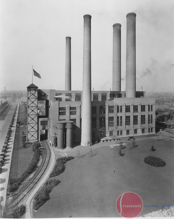The Studebaker Corporation's powerplant.  Photo taken 1924, facing west. South Bend's Sample Street is on the left side of the image.