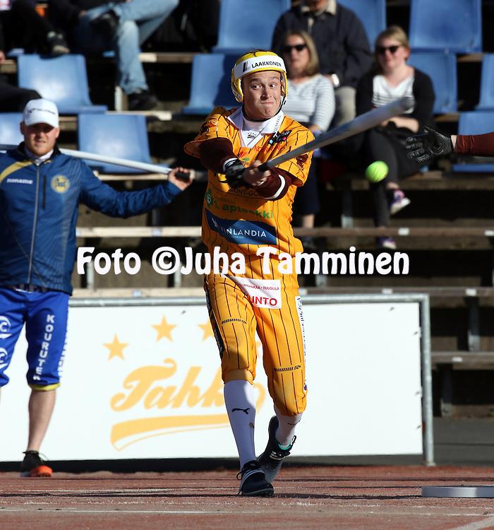 13.5.2016, Pihkala, Hyvink&auml;&auml;.<br /> Superpesis 2016.<br /> Hyvink&auml;&auml;n Tahko - Oulun Lippo.<br /> Roni Wahl - Hyvink&auml;&auml;