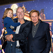 NLD/Amsterdam/20191005 - De Brief voor Sinterklaas, Henny Huisman met Rein Sluiter en kleinzoon Kenzo