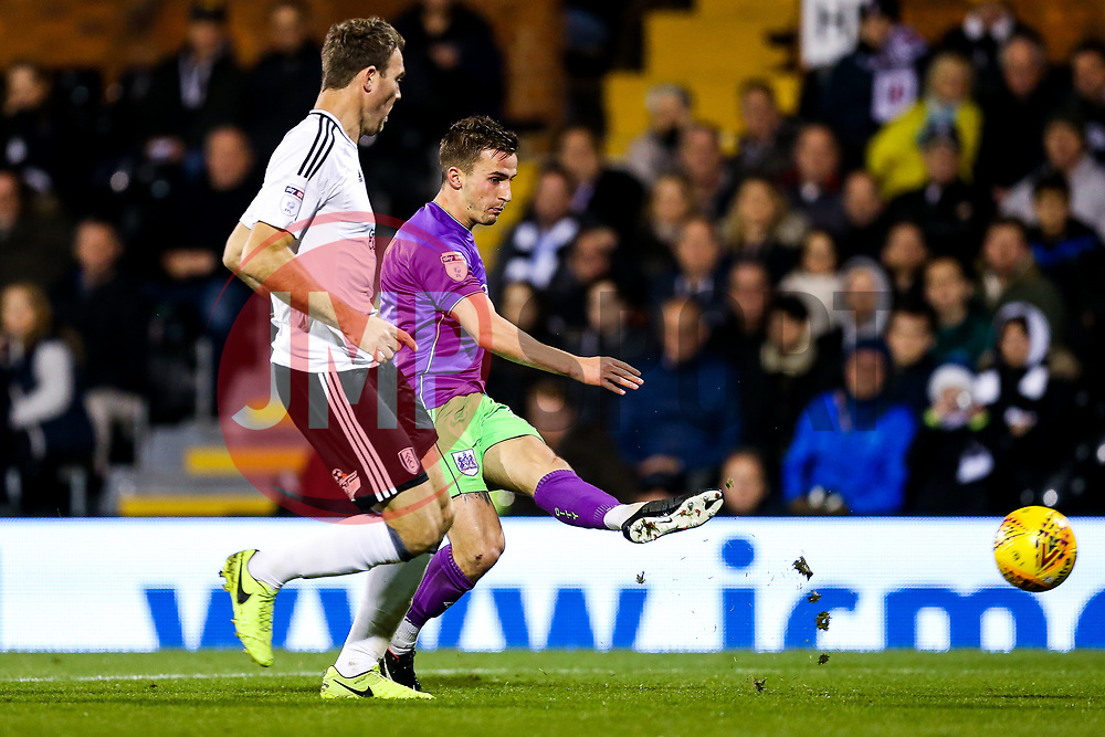 Joe Bryan of Bristol City is challenged by Kevin McDonald of Fulham - Rogan/JMP - 31/10/2017 - Craven Cottage - London, England - Fulham FC v Bristol City - Sky Bet Championship.