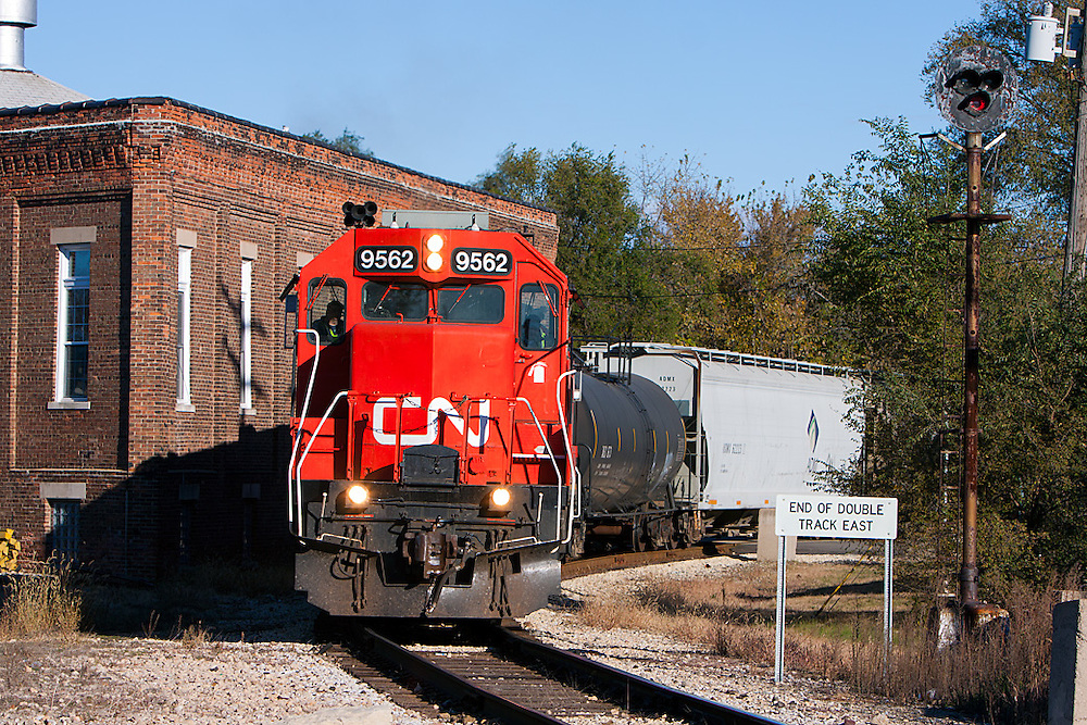 Canadian National's Peoria Local curves through Pekin, IL on its way south.