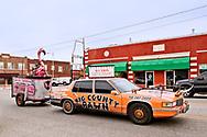 Pawhuska, Oklahoma, Big Country Pawn, home of Bucking Flamingo