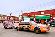 Pawhuska, Oklahoma, Big Country Pawn, home of Bucking Flamingo