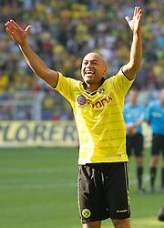 30-04-2011 VOETBAL: BORISSIA DORTMUND - FC NURNBERG: DORTMUND<br /> Leonardo de Deus Santos Dede (Dortmund BRA #17) jubelt vor den Fans<br /> ***NETHERLANDS ONLY***<br /> ©2011- FotoHoogendoorn.nl/nph-Scholz