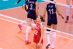 12.06.2018, Porsche Arena, Stuttgart<br /> Volleyball, Volleyball Nations League, Türkei / Tuerkei vs. Niederlande<br /> <br /> Cansu Ozbay (#12 TUR)<br /> <br /> Foto: Conny Kurth / www.kurth-media.de