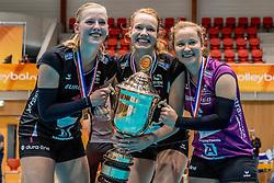 02-10-2016 NED: Supercup VC Sneek - Eurosped, Doetinchem<br /> Eurosped wint de Supercup door Sneek met 3-0 te verslaan / Charlotte Haar #1 of Eurosped, Eline Gommans #4 of Eurosped, Kim de Wild #6 of Eurosped