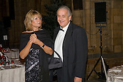 Sarah Shishmanian and Peter Hinkley, Save the Children's Festival of Trees Gala dinner. Natural History Museum. London. 4 December 2007. -DO NOT ARCHIVE-© Copyright Photograph by Dafydd Jones. 248 Clapham Rd. London SW9 0PZ. Tel 0207 820 0771. www.dafjones.com.