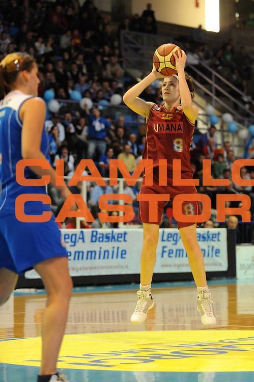 DESCRIZIONE : Faenza Lega A1 Femminile 2008-09 Coppa Italia Semifinale Umana Venezia Club Atletico Faenza<br /> GIOCATORE : Simona Ballardini<br /> SQUADRA : Umana Venezia<br /> EVENTO : Campionato Lega A1 Femminile 2008-2009 <br /> GARA : Umana Venezia Club Atletico Faenza<br /> DATA : 07/03/2009 <br /> CATEGORIA : tiro<br /> SPORT : Pallacanestro <br /> AUTORE : Agenzia Ciamillo-Castoria/M.Marchi