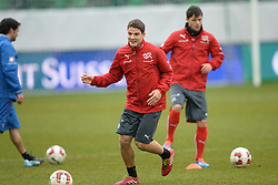 04.03.2014, AFG Arena, St. Gallen, SUI, Training der Schweizer Nationalmannschaft, vor dem Testspiel gegen Kroatien, im Bild Pirmin Schwegler, Valentin Stocker (SUI) // during a practice session of swiss national football team prior to the international frindley against Croatia at the AFG Arena in St. Gallen, Switzerland on 2014/03/04. EXPA Pictures © 2014, PhotoCredit: EXPA/ Freshfocus/ Andy Mueller<br /> <br /> *****ATTENTION - for AUT, SLO, CRO, SRB, BIH, MAZ only*****