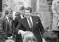 American President Ronald Reagan and his wife Nancy during their visit to Ireland, 04/06/1984. (Part of the Independent Newspapers Ireland/NLI Collection).