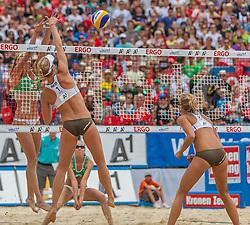 "22.07.2012, Klagenfurt, Strandbad, AUT, Beachvolleyball World Tour Grand Slam 2012, im Bild Madelein Meppelink 1 NED / Sophie VAN GESTEL 2 NED, Ekaterina KHOMYAKOVA 1 RUS / Evgenia UKOLOVA 2 RUS// during the A1 Beachvolleyball Grand Slam 2012 at the ""Strandbad"" Klagenfurt, Austria on 2012/07/22. EXPA Pictures © 2012, EXPA Pictures © 2012, PhotoCredit: EXPA/ Mag. Gert Steinthaler"