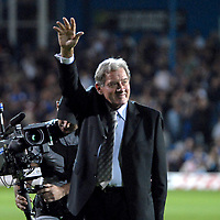 Photo: Ed Godden.<br /> Portsmouth v Bolton Wanderers. The Barclays Premiership. 25/09/2006. Milan Mandaric waves goodbye to the Pompey fans after 7 years as their Chairman.