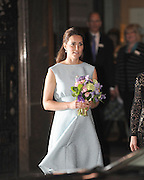 24.APRIL.2013. LONDON<br /> <br /> KATE MIDDLETON LEAVING THE NATIONAL PORTRAIT GALLERY, LONDON<br /> <br /> BYLINE: EDBIMAGEARCHIVE.CO.UK<br /> <br /> *THIS IMAGE IS STRICTLY FOR UK NEWSPAPERS AND MAGAZINES ONLY*<br /> *FOR WORLD WIDE SALES AND WEB USE PLEASE CONTACT EDBIMAGEARCHIVE - 0208 954 5968*