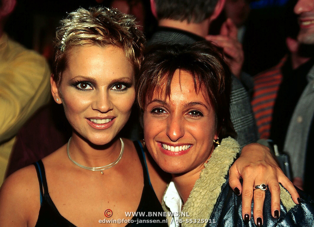 Tatjana Simic CD presentatie New Look Planet Hollywood, en Sabine Koning