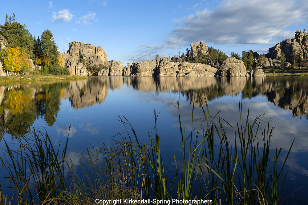SD00064-00...SOUTH DAKOTA - Sylvan Lake in Custer State Park.