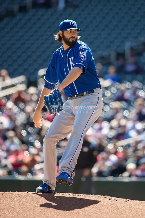 MINNEAPOLIS, MN- APRIL 6: Jason Hammel #39 of the Kansas City Royals pitches against the Minnesota Twins on April 6, 2017 at Target Field in Minneapolis, Minnesota. The Twins defeated the Royals 5-3. (Photo by Brace Hemmelgarn) *** Local Caption *** Jason Hammel