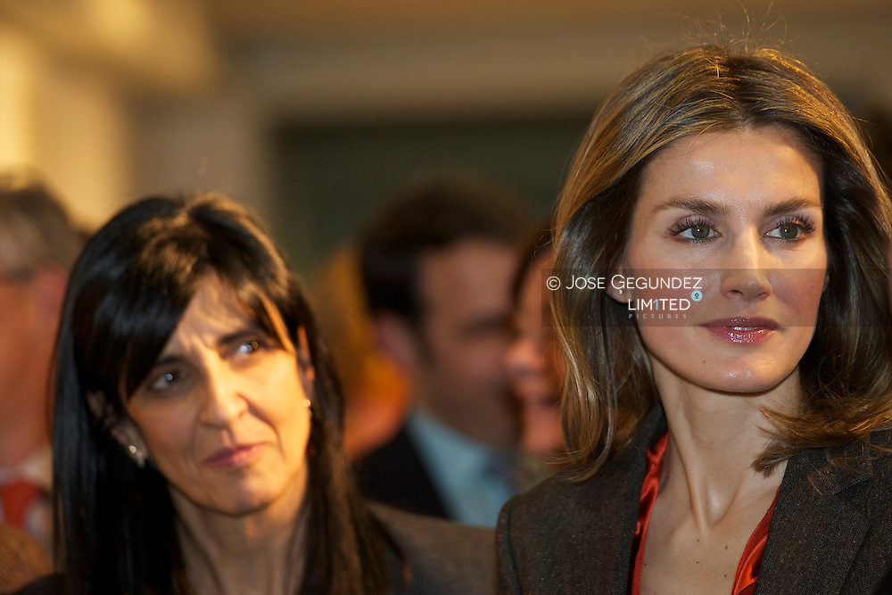 Princess Letizia attended the 35th Book Fair to the Children and Youth of Madrid at Centro Cultural Galileo in Madrid¡