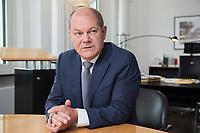 25 JUN 2018, BERLIN/GERMANY:<br /> Olaf Scholz, SPD, Bundesfinanzminister, waehrend einem Interview, in seinem Buero, Bundesministerium der Finanzen<br /> IMAGE: 20180625-02-017<br /> KEYWORDS: B&uuml;ro