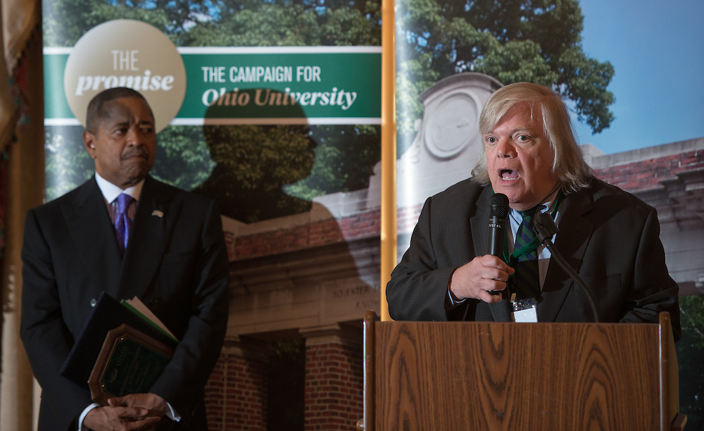 Thomas Suddes (Right) accepts his award at the 30th Annual State Government Alumni Luncheon. Photo by Ben Siegel