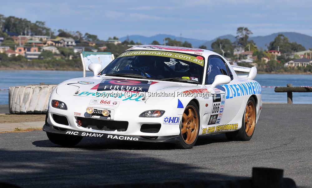 Ric Shaw & James Parish .1997 Mazda RX7 .Prologue.George Town.Targa Tasmania 2009.28th of April 2009.(C) Joel Strickland Photographics.