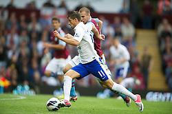 BIRMINGHAM, ENGLAND - Saturday, August 25, 2012: Everton's Kevin Mirallas iin action against Aston Villa on his debut during the Premiership match at Villa Park. (Pic by David Rawcliffe/Propaganda)