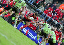 Donncha O'Callaghan attacks for Munster. Montauban v Munster,  Heineken Cup Pool A match in Montauban, France.