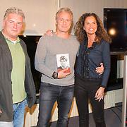 """NLD/Bloemendaal/20151124 - Boekpresentatie """"Buch"""" over het leven van Menno Buch, medeschrijver Edwin Gitsels en Erland Galjaard"""