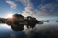 &Aring;LESUND 20130224. <br /> Lav sol og bl&aring; himmel over Brosundet i &Aring;lesund.<br /> Foto: Svein Ove Ekornesv&aring;g