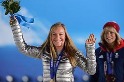 09-02-2014 ALGEMEEN: OLYMPIC GAMES MEDAILLE CEREMONIE: SOTSJI<br /> Huldiging op Medal Plaza / Jamie Anderson USA, goud op slopestyle snowboarden<br /> ©2014-FotoHoogendoorn.nl