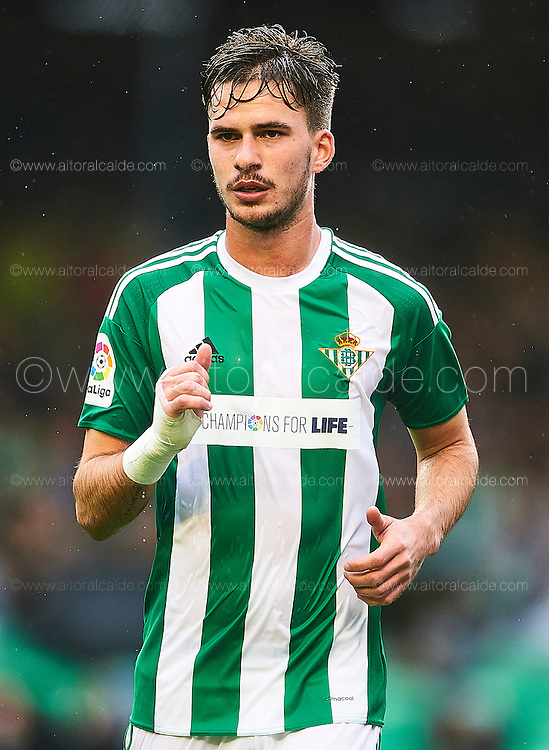 SEVILLE, SPAIN - DECEMBER 04:  Jose Carlos Rodriguez of Real Betis Balompie looks on during La Liga match between Real Betis Balompie an RC Celta de Vigo at Benito Villamarin Stadium on December 4, 2016 in Seville, Spain.  (Photo by Aitor Alcalde Colomer/Getty Images)