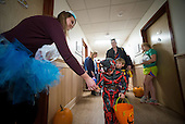 Local Kids Trick or Treat | Halloween 2014