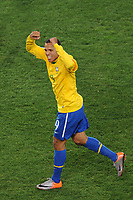 FOOTBALL - FIFA WORLD CUP 2010 - 1/8 FINAL - BRAZIL v CHILE - 28/06/2010 - JOY LUIS FABIANO  (BRA) AFTER HIS GOAL<br /> PHOTO FRANCK FAUGERE / DPPI