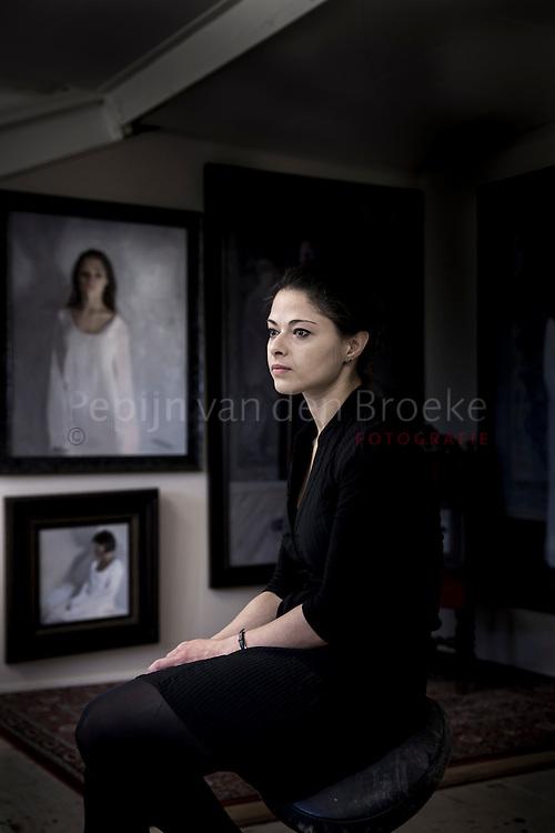 Haren 20141124. Svetlana Tartakovska, kunstenares.<br /> Figuratieve schilderkunst. Foto: pepijn van den broeke.