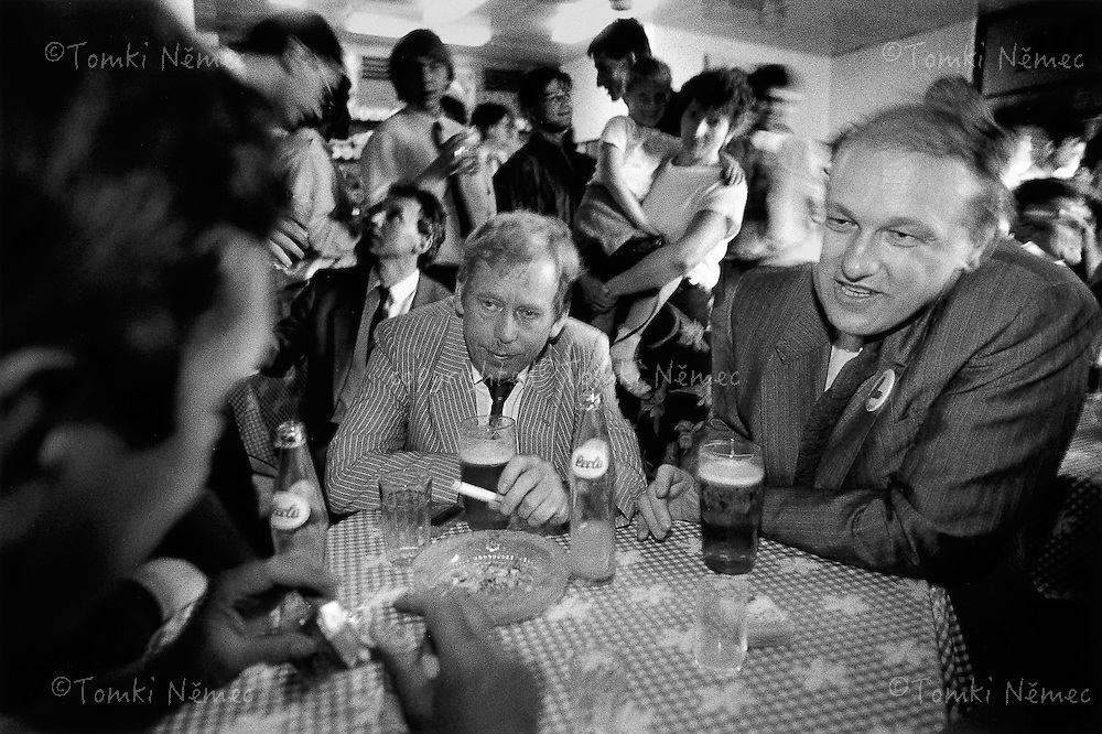 Slovakia, 17 May 1990 - Kapusany.Vaclav Havel and Premier Marian Calfa during a visit to a pub en route from Pre?ov to Bardejov..