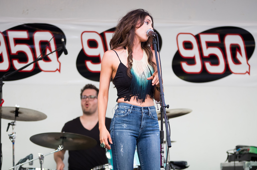 Kelleigh Bannen Plays at the 95Q Fan Appreciation Concert at Nelson Park, Decatur, Illinois, July 18, 2014. Photo: George Strohl