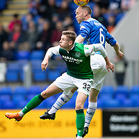 St Johnstone v Hibs…12.08.18…  McDiarmid Park    SPFL<br />Steven Anderson gets above Olly Shaw<br />Picture by Graeme Hart. <br />Copyright Perthshire Picture Agency<br />Tel: 01738 623350  Mobile: 07990 594431