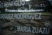 Santiago Mazzarovich/ URUGUAY/ MONTEVIDEO/ Como cada a&ntilde;o, la organizaci&oacute;n Madres y Familiares de Detenidos Desaparecidos, realiz&oacute; una actividad en el Memorial de los Desaparecidos, en el Cerro, para conmemorar el aniversario de la Declaraci&oacute;n Universal de los Derechos Humanos.<br /> <br /> En la foto: Actividad de Madres y Familiares de Detenidos Desaparecidos, en el Memorial de los Desaparecidos. Foto: Santiago Mazzarovich / adhocFOTOS.